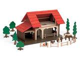 Bauernhof / Tierstall aus Holz
